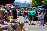 Рынок сувениров на набережной Квинстауна