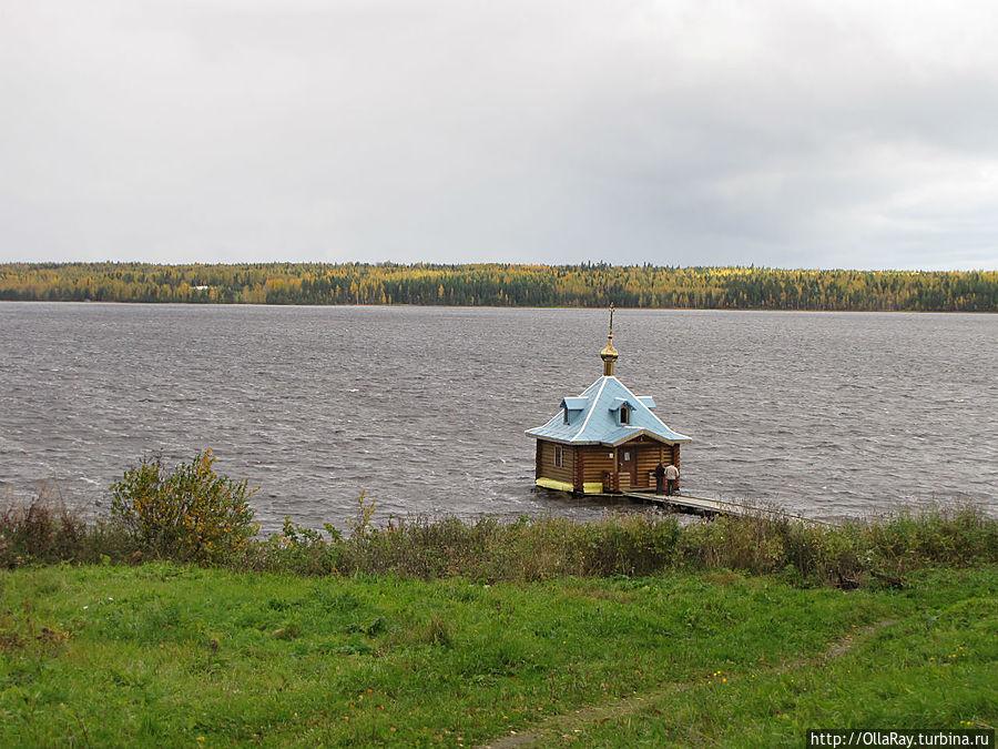 Часовня-баптистерий св. Иоанна Предтечи с купальней.
