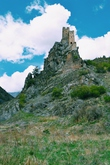 Вовнушки напоминают, скорее, какой-нибудь европейский замок, чем типичные ингушские боевые башни.
