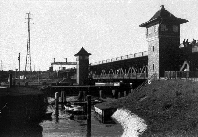 Reichsbahnbruecke до войны (Пётр Кулаков, Яндекс.Фотки)