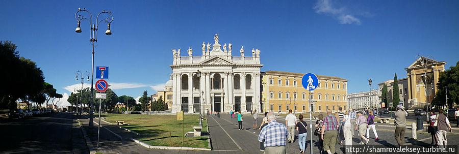 Собор и примыкающий к нему Латеранский дворец