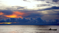 Рассвет на озере Малави в кемпинге Chitimba Beach