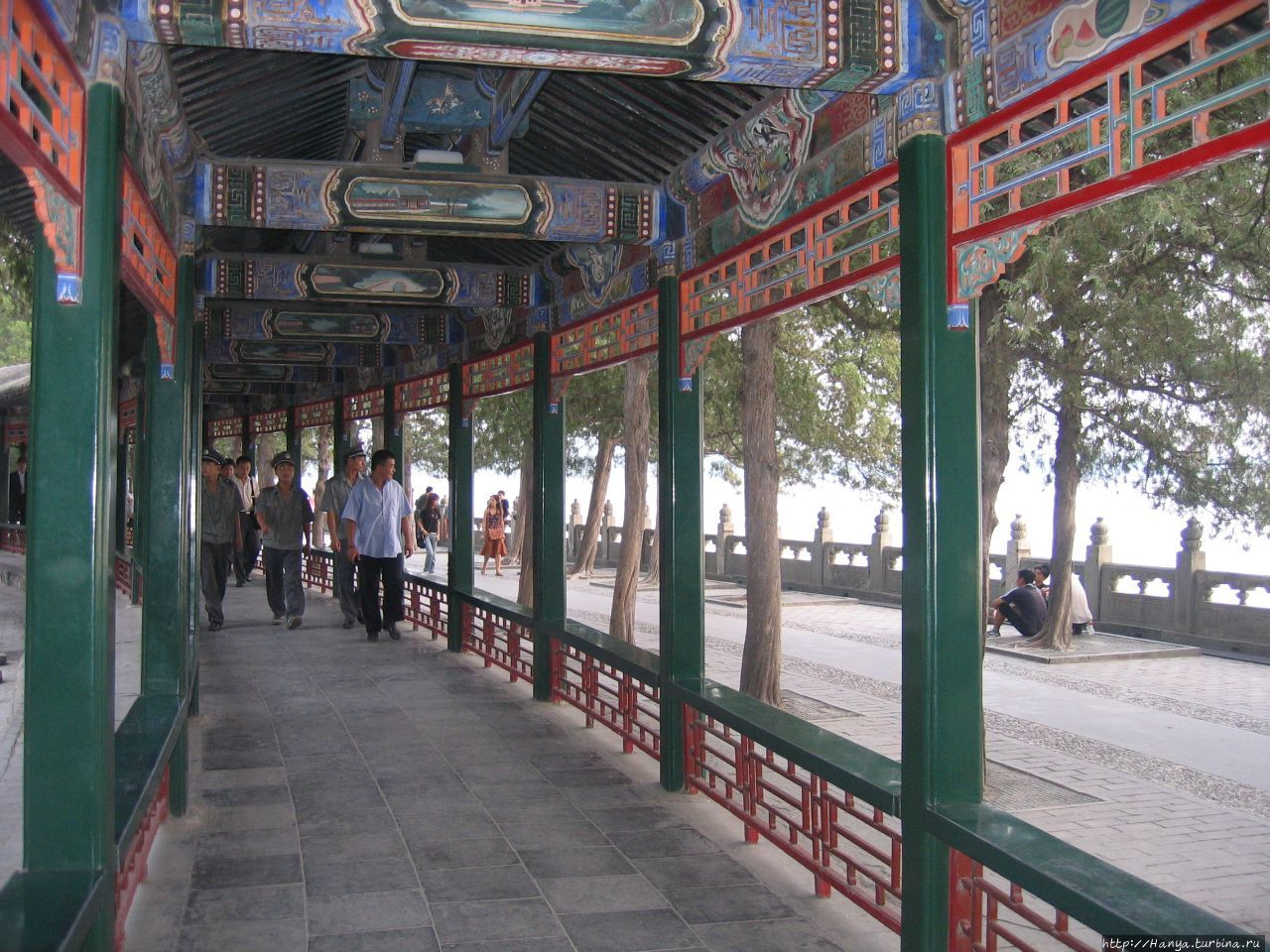 Парк Ихэюань. Занесенный