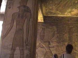 Скрытая видеосъемка в Храме Нефертари