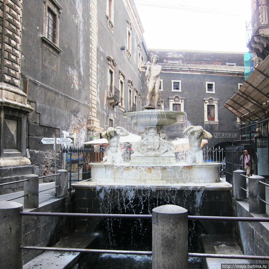 фонтан Аменано