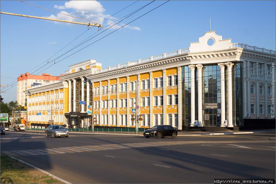 19. Банк России, вход в ц