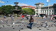 Сокало — главная площадь Гватемалы