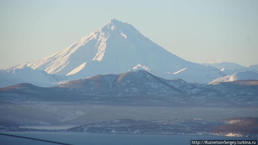 Вилючинский вулкан от смотровой площадки на Высотной улице