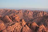 По преданию, именно в этих местах пророк Моисей получил от Господа скрижали с начертанными на них заповедями Ветхого Завета.