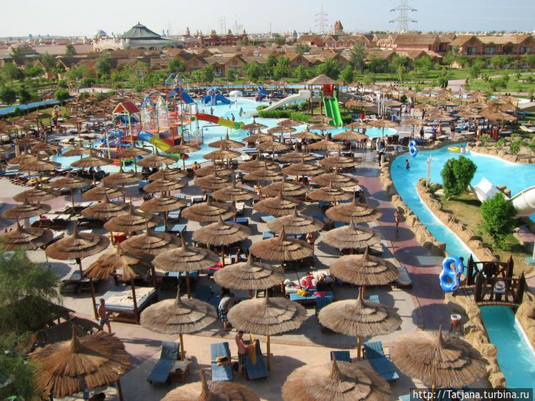 Самый большой отель — аквапарк