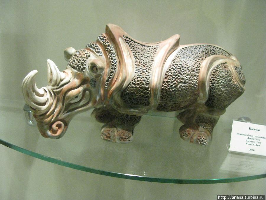 И снова носорог