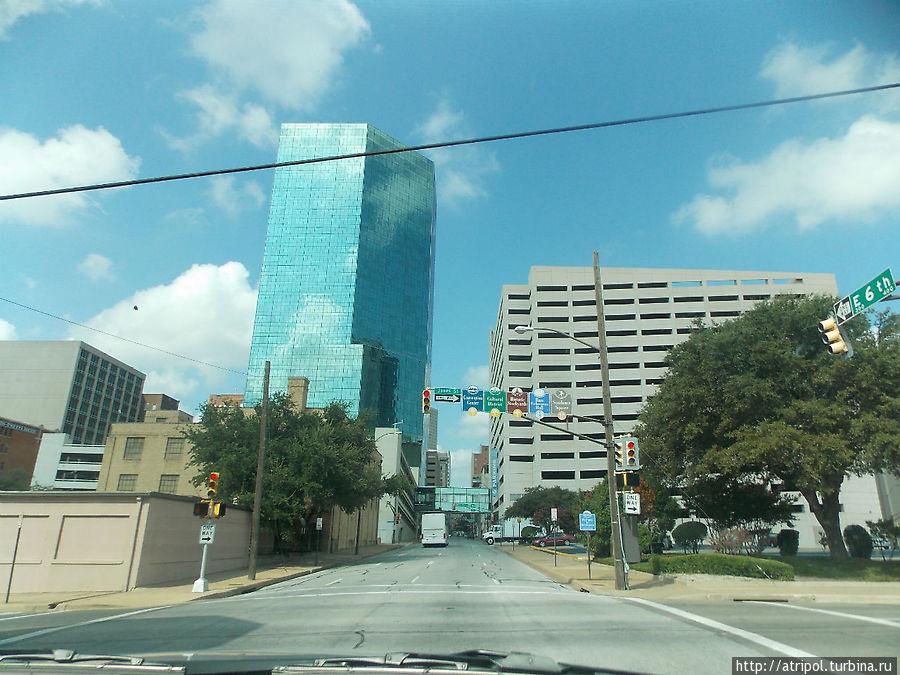 Подъезжая к пригороду Далласа (Fort Worth)