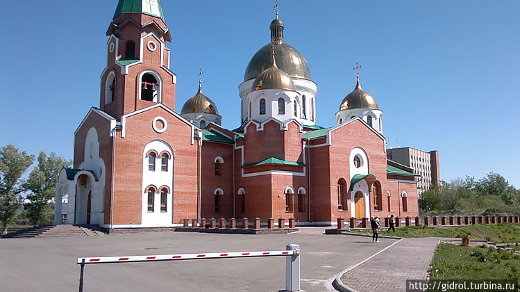 Андреевский собор построе