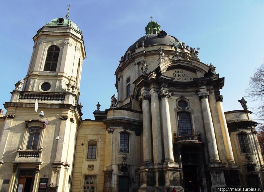 Доминиканский собор – одно из выдающихся сооружений львовской барочной архитектуры XVIII столетия