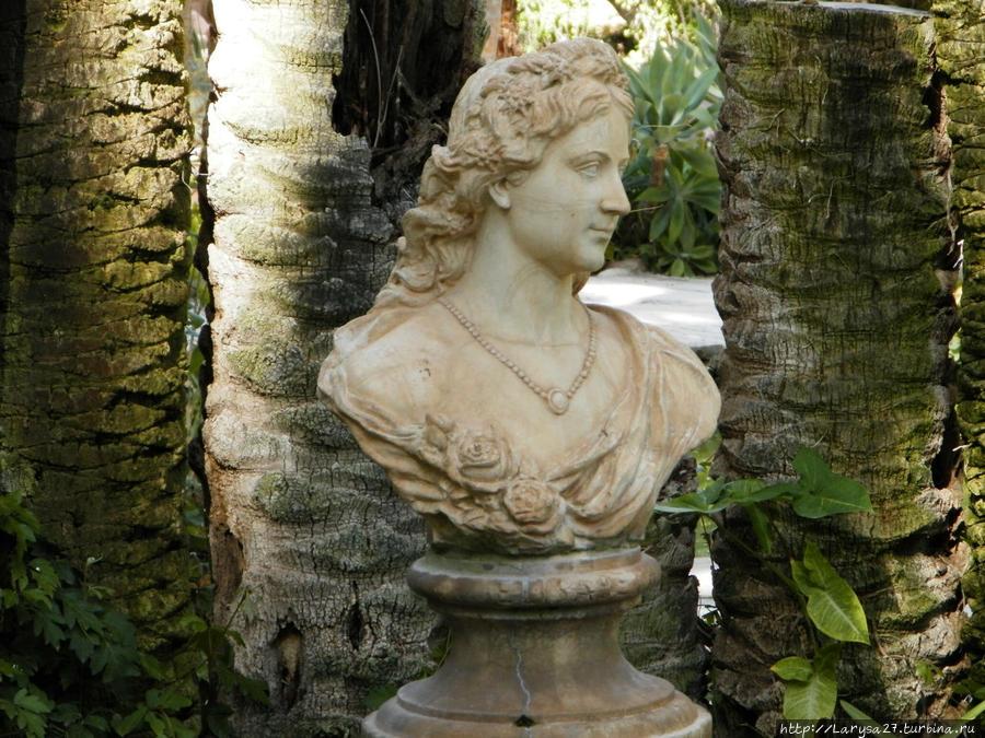 Скульптура Елизаветы Австрийской — Сиси