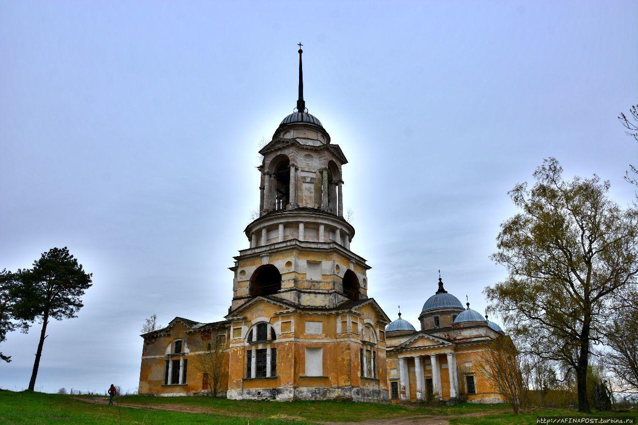 Старица. Борисоглебский собор и церковь-колокольня