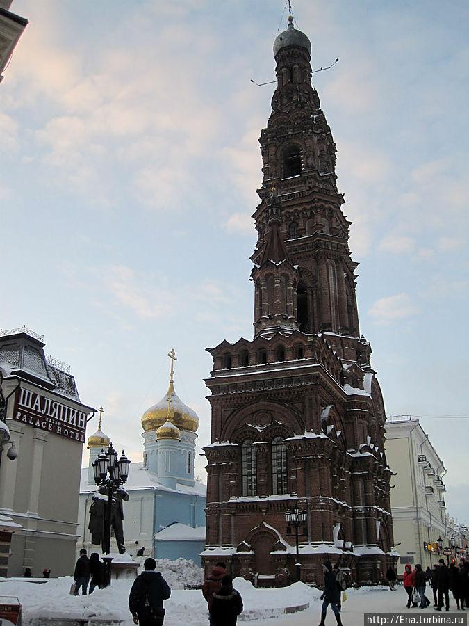 Богоявленский собор и его высоченная колокольня