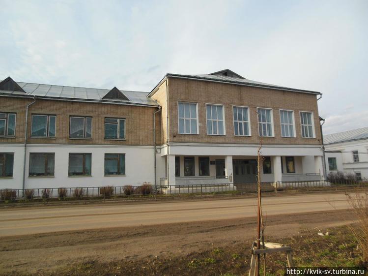 Новое здание Кировской  ш