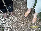 А вот в такой совсем не подходящей обуви.Запросто можно навернуться, а как у дамы проще простого травмировать пальцы ног.