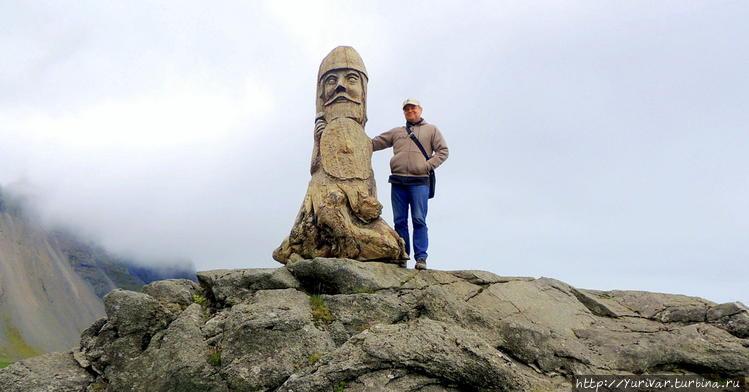 Монумент викингам на мысе