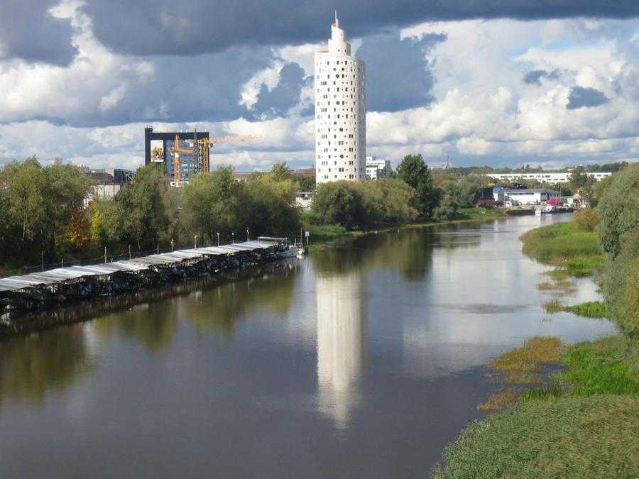 Вид на Улитку со стороны Эмайыги. Википедия
