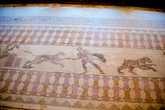 После осмотра мозаик на вилле Диониса, надо сказать, что от виллы сохранился лишь пол с мозаиками, а Диониса она потому, что именно он изображен на этих мозаиках, по аналогии еще есть виллы Айона и Тесея, отправились к Одеону.