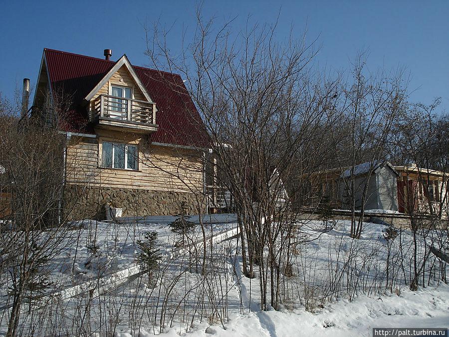 Еще один домик Ягодной деревни (современный стиль)