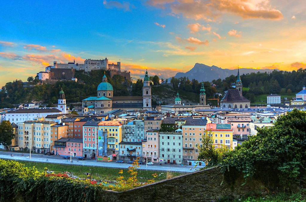 salzburg chat sites Austria is a republic in central europe it is known for its alpine scenery, lakes, hiking and skiing and snowsports in the winter months the official language is german, but croatian, hungarian and slovene is also spoken.