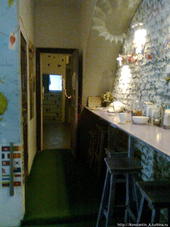 место, где можно попить чай/кофе, воспользоваться холодильником и микроволновой печью