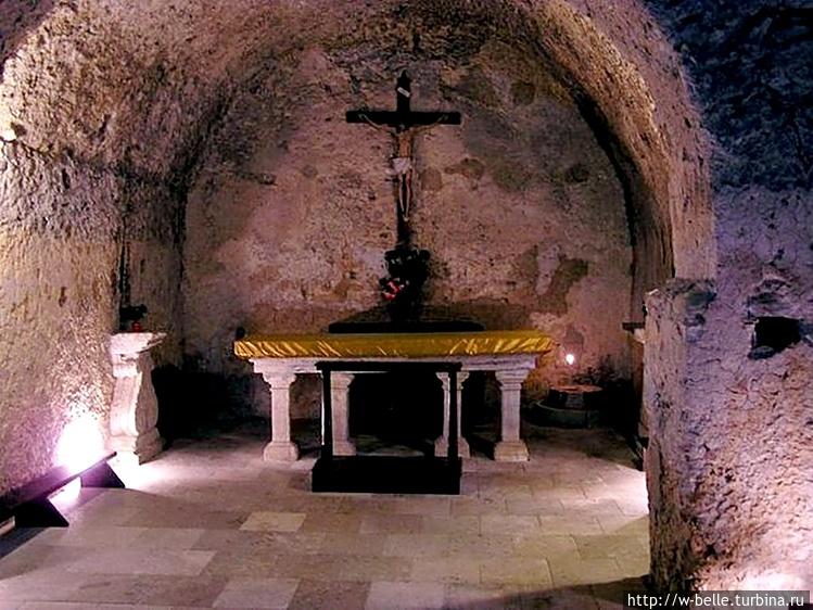 Пещера Св. Франческо.