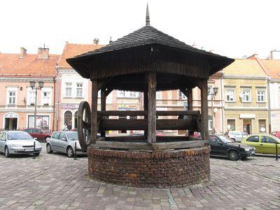 Колодец (студня) на рыночной площади.