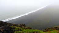 Весь песок на мысе Дирхолей — вулканический и черный-пречерный
