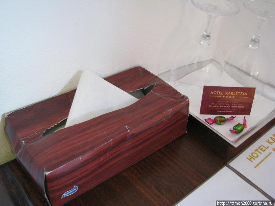 Древняя коробочка с салфетками