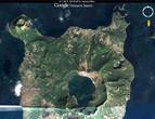 На этом снимке, даже из космоса, хорошо видна тропа, ведущая от северной кромки острова к вершине кратера вулкана Тааль