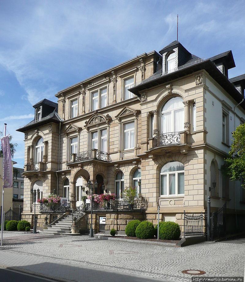 Немецкий   музей  драгоценных камней. foto Wikipedia