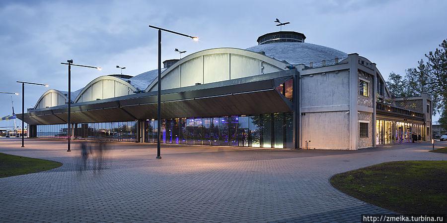 Ангары гидросамолетов в Леннусадам. Фото: К. Хааген, Леннусадам, Эстонский морской музей