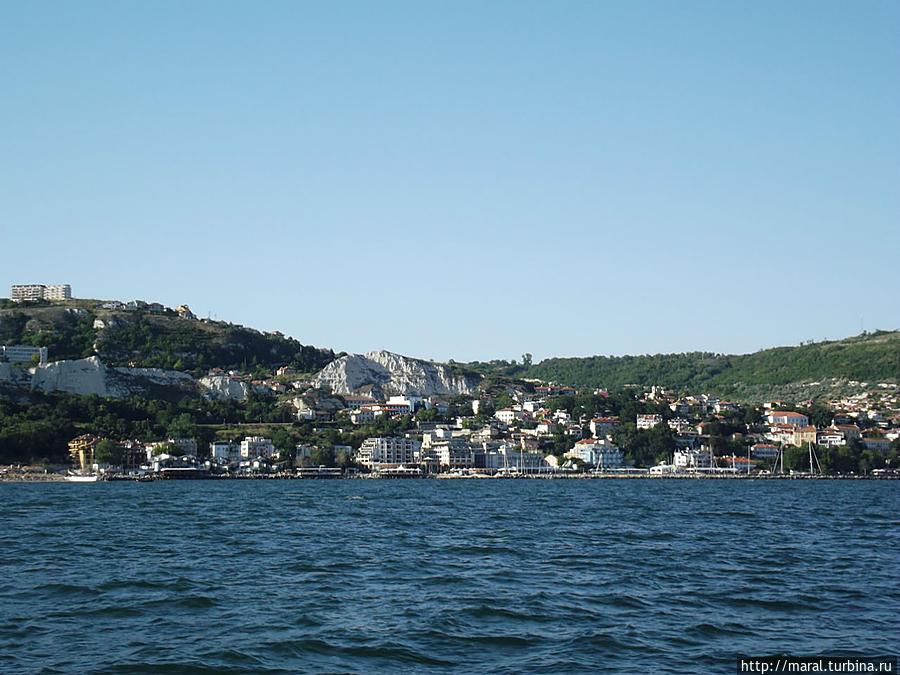 Какой вид на город с борта судна – закачаешься!