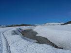 Судя по толщине снега, в этом году Дорога не будет полностью велопроходима до самой зимы.