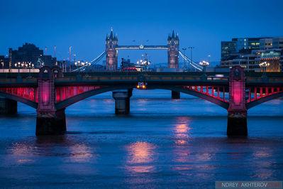 Вид на Tower Bridge