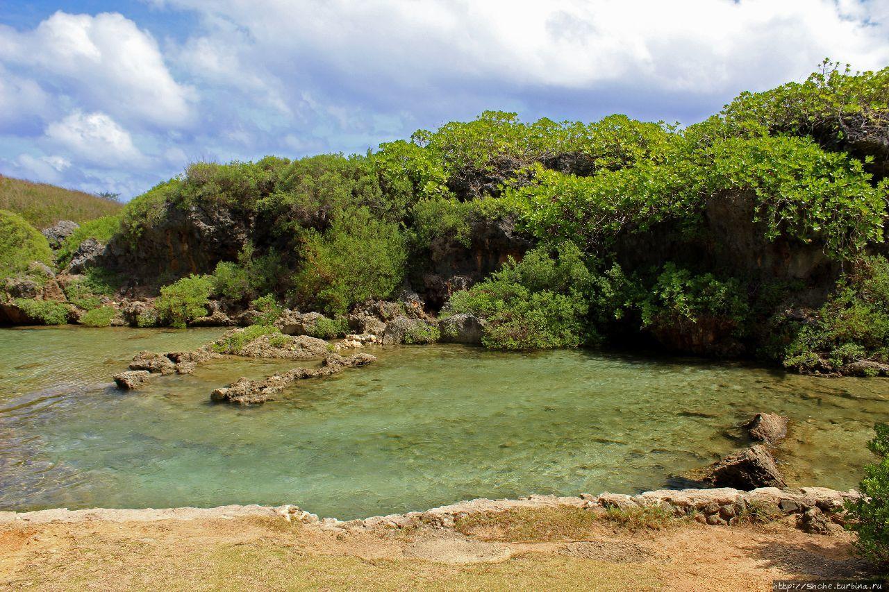 Природный бассейн Инараджана Инараджан, Гуам