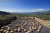 А еще перед вами предстанет поистине поразительное зрелище: современный каменный театр под открытым небом, построенный по образу древнегреческих театров.