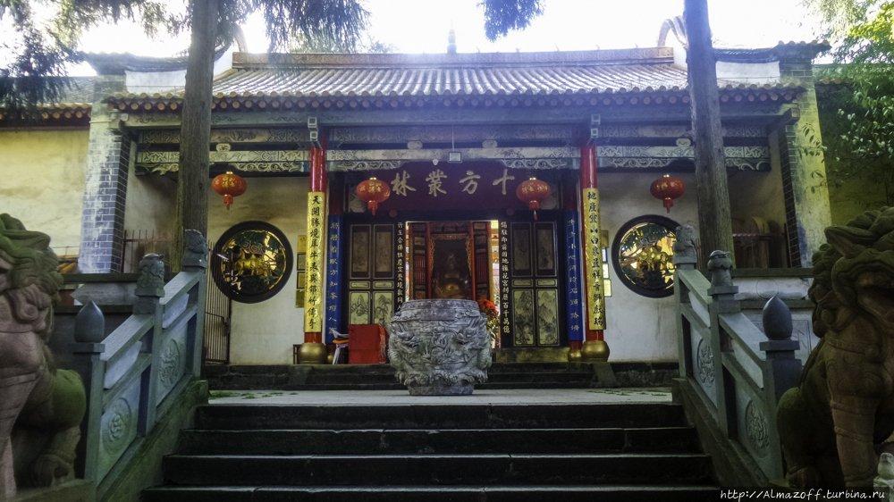 Бамбуковый храм Куньмин, Китай
