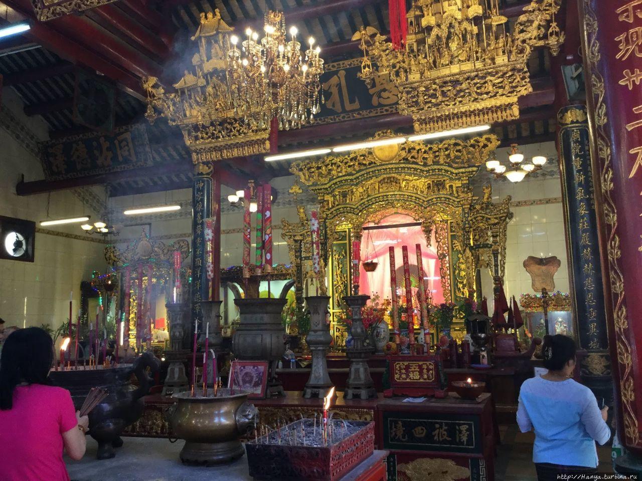 Храм Guang Dong Kwan Yin