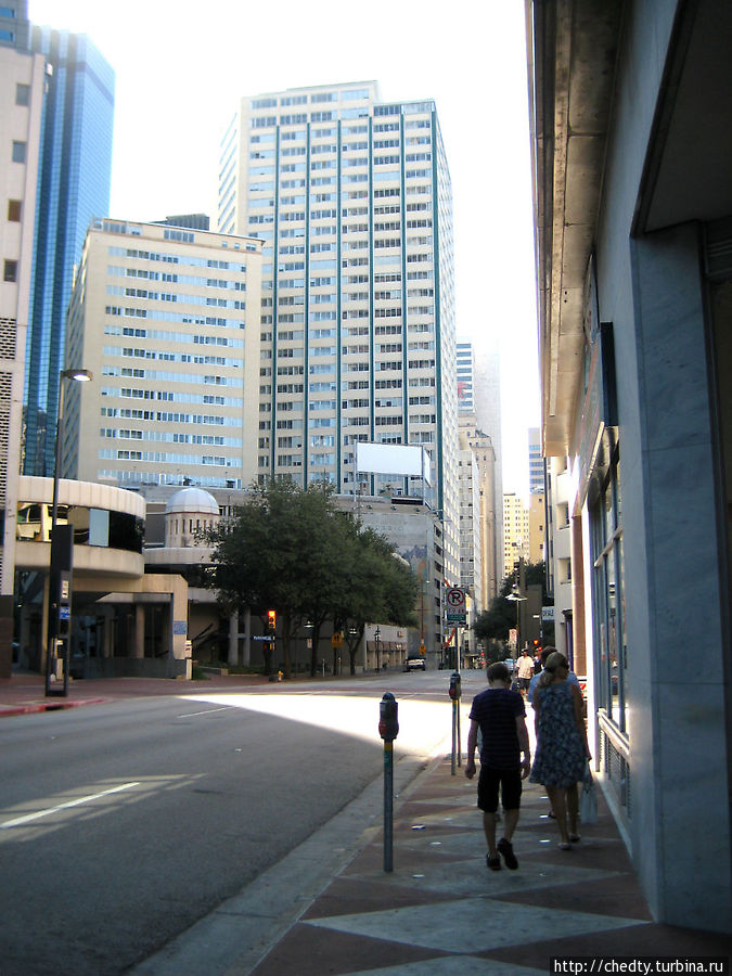 Городская улица Даллас (случайная фотография)