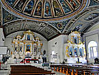 * Впечатление старой церковь не производит, разве что внутри бросаются в глаза старинные фрески на потолке