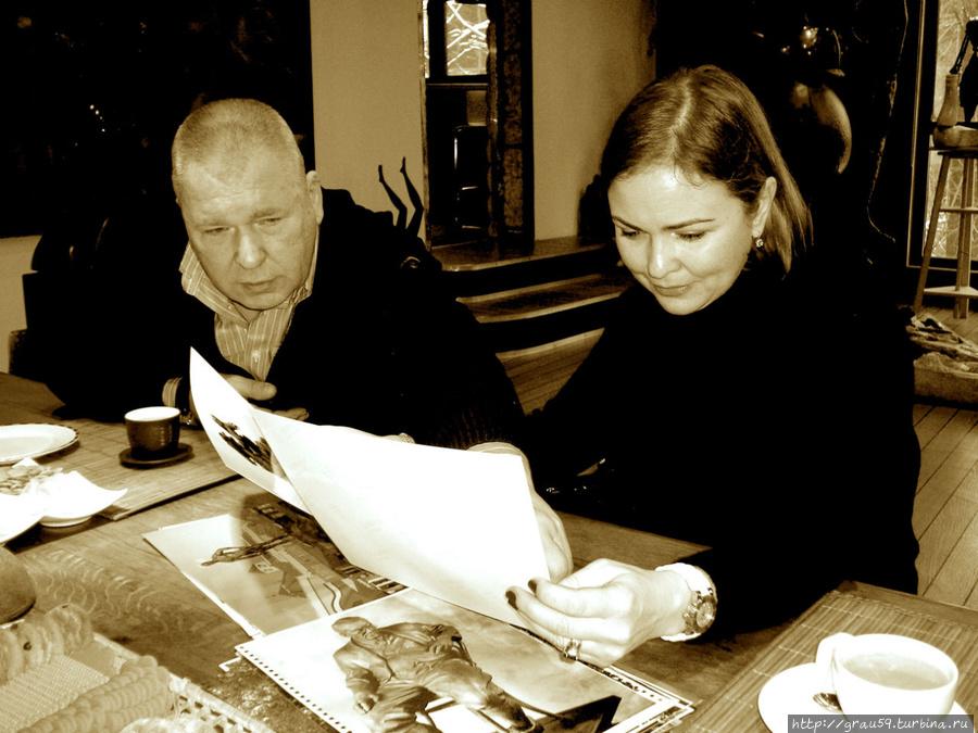 А.И.Рукавишников и О.Ю. Семёнова (дочь Юлиана Семёнова) Фото из Интернета.