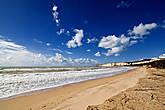 ..а можно просто спуститься к морю и пойти купаться, ведь пляж в Эраклеа Миноа (как я уже рассказывала) является одним из лучших на нашем побережье!