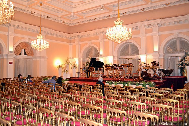 Зал, где проходил концерт