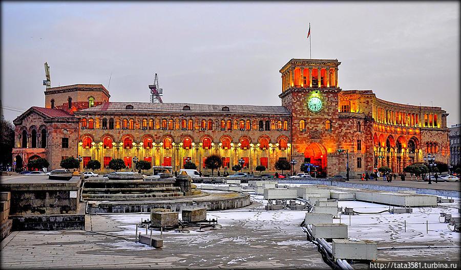 Площадь Республики зимой Ереван, Армения