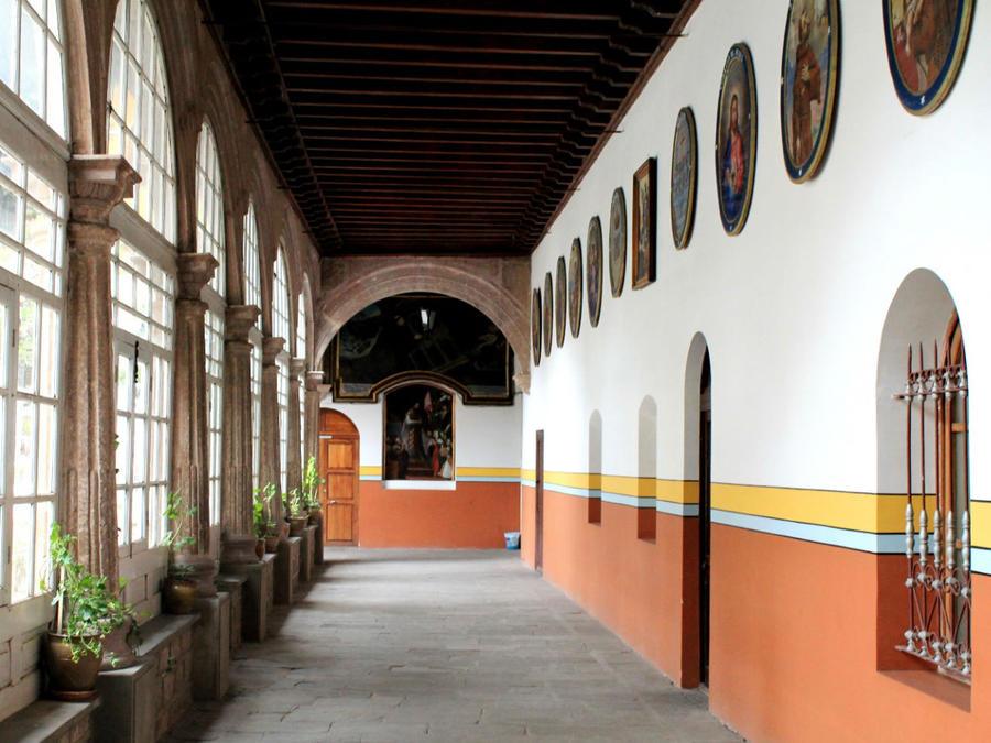 Одна из галерей музея Св. Франциска